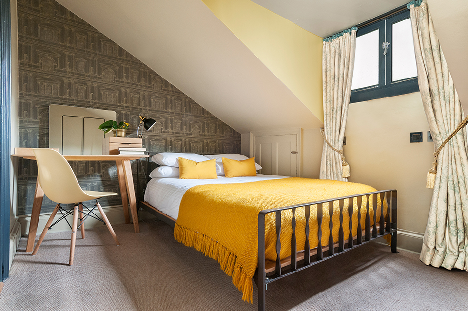 Hotel room design before and after interior design for Design hotel edinburgh