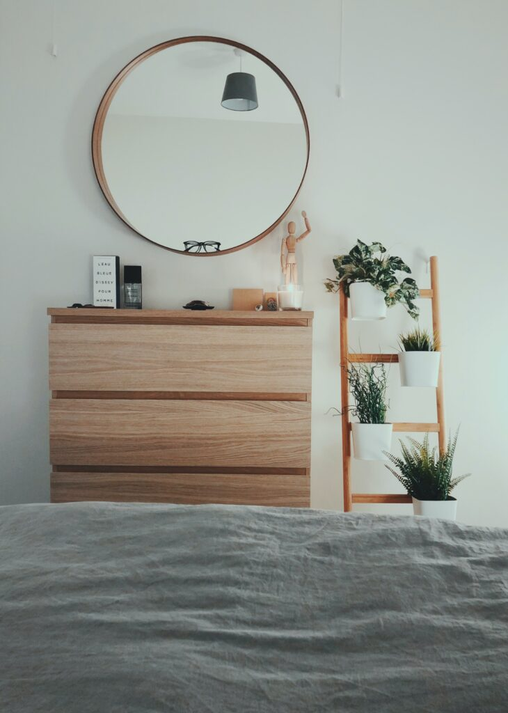 Bedrooms are best kept uncluttered to add a sense of peace